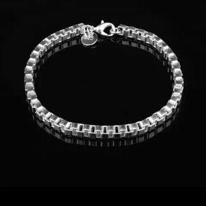 925 brand new bracelet small wrist ..